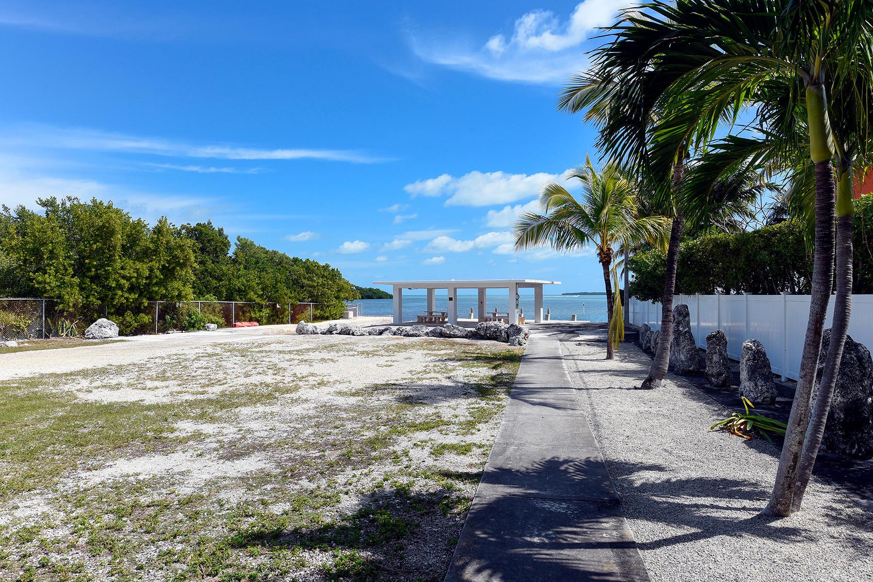 208 Plantation Shores Drive