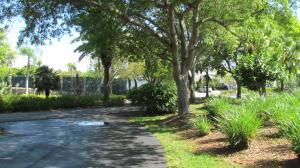 14 B Anchor Drive, 14B, Ocean Reef, FL 33037