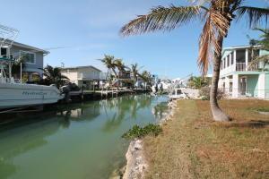 27368 Haiti Lane, Ramrod Key, FL 33042
