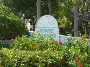 94220 Overseas Highway, 4B, Key Largo, FL 33037