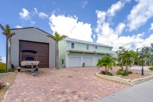 415 Sombrero Beach Road, Marathon, FL 33050