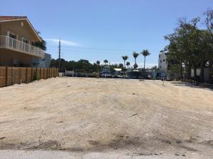 135 Palermo Drive, Plantation Key, FL 33036