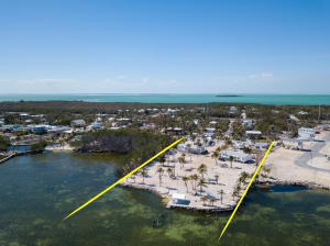 99 Seaside Avenue, Key Largo, FL 33037