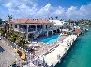 250 W Seaview Drive, Duck Key, FL 33050