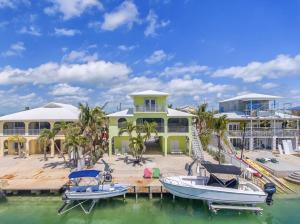 24430 W Caribbean Drive, Summerland Key, FL 33042