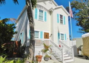 5 Mockingbird Road, Key Largo, FL 33037