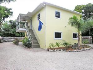 469 Beach Road