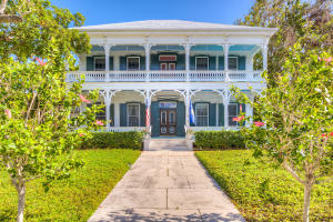 Circa 1865, the Freeman-Curry House is truly one of the most iconic properties in Key West. Rich in provenance, the home has been a seat of cultural and political prominence at City, County and State levels for over 150 years.