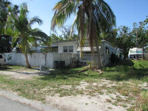 107 Gardenia Avenue, Plantation Key, FL 33070