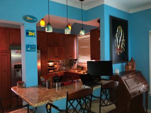 726 Olivia Street, Key West, FL 33040