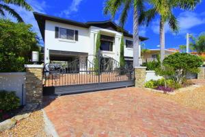 172 Bahama Avenue, Key Largo, FL 33037