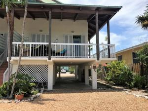 260 4Th Street, Key Colony, FL 33051