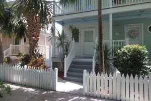 123 Golf Club Drive, Key West, FL 33040