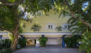 101 Seashore Drive, Upper Matecumbe Key Islamorada, FL 33036
