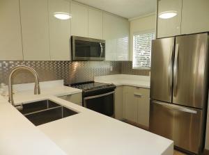 98481 Windward Avenue, Key Largo, FL 33037