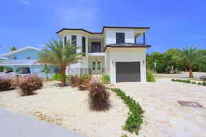 104 Fairwich Court, Key Largo, FL 33037