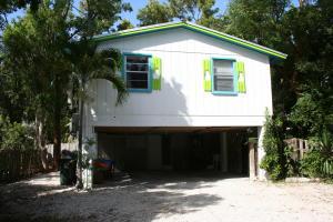210 Key Honey Lane, Plantation Key, FL 33070