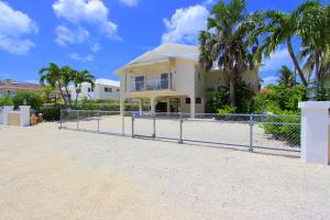 479 Bahia Avenue, Key Largo, FL 33037