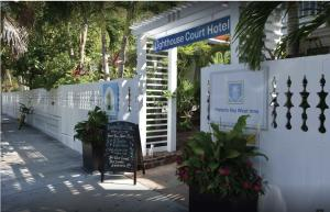 725 Truman Avenue, Key West, FL 33040