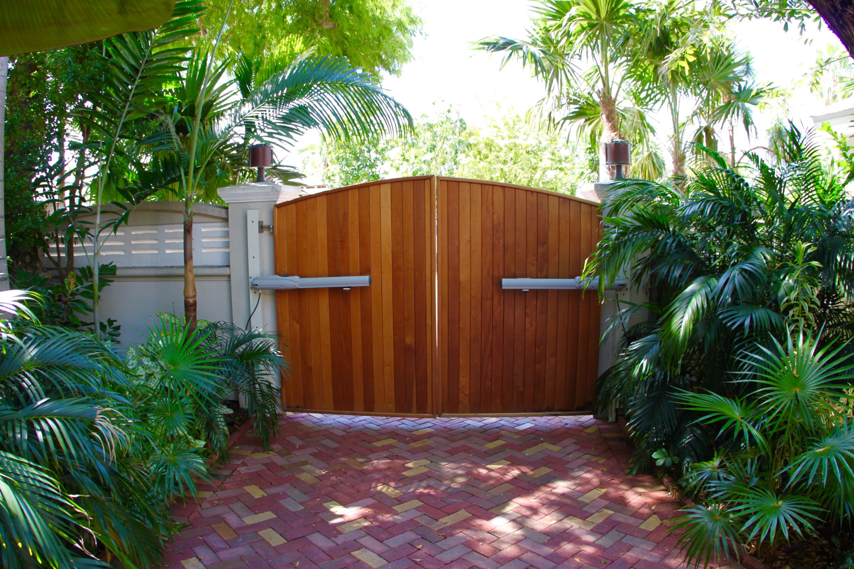 1400 1St Street, Key West, FL 33040 - Alina Davis Team
