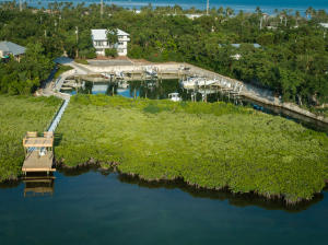 12 Flamingo Hammock Road, Upper Matecumbe Key Islamorada, FL 33036