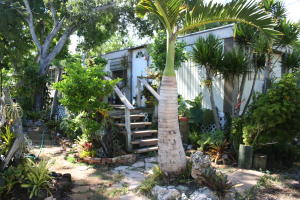 19 Gale Place, Key Largo, FL 33037