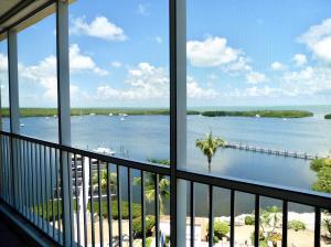 200 Harborview Drive, PH 1 & assigned boat slip, Key Largo, FL 33037