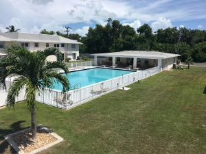 40 High Point Road, D202, Plantation Key, FL 33070