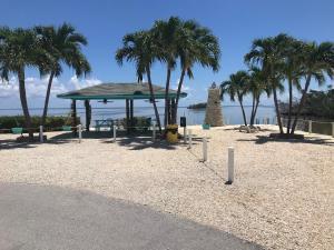 6099 Overseas Highway, 8E, Marathon, FL 33050