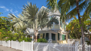 1327 White Street, Key West, FL 33040