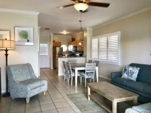 7048 Harbor Village Drive, Duck Key, FL 33050