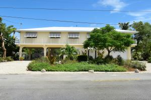313 Calzada De Bougainville, Marathon, FL 33050