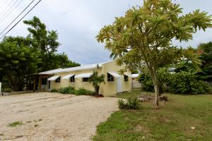9 Miami Drive, Key Largo, FL 33037