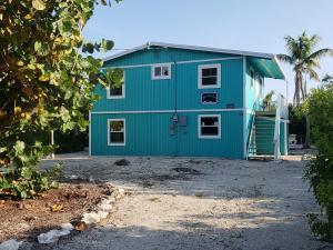 27442 Antigua Lane, Ramrod Key, FL 33042