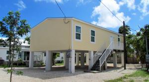 31538 Ave D, Big Pine, FL 33043