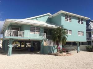 130 Marina Avenue, Key Largo, FL 33037