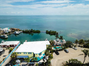 3 Conch Avenue N, Conch, FL 33050