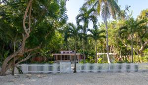 130 Royal Lane, Plantation Key, FL 33070