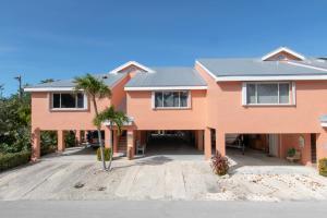 9828 Mariners Avenue, Key Largo, FL 33037
