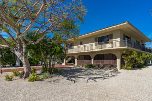 232 W Seaview Drive, Duck Key, FL 33050