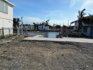 31490 Avenue F, Big Pine Key, FL 33043