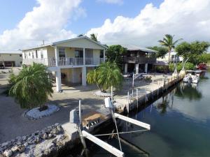 135 Cutlass Lane, Cudjoe Key, FL 33042