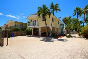 111 Tequesta Street, Plantation Key, FL 33070