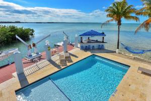 233 Aberdeen Court, Key Largo, FL 33070