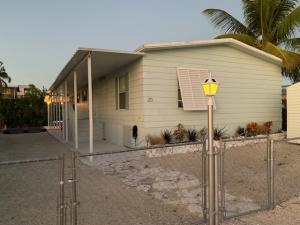 20 Pigeon Drive, Key Largo, FL 33037