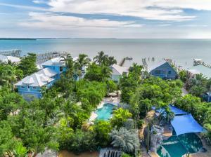 937 Ocean Drive, Summerland Key, FL 33042
