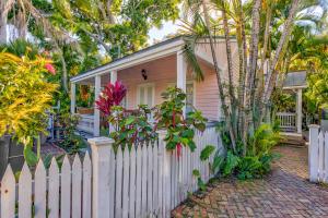 4 Fletcher Lane, Key West, FL 33040