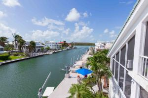 Perfect location for immediate ocean or bayside boating