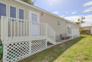 915 Plantation Road, Key Largo, FL 33037