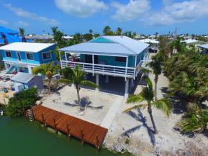27416 Cayman Lane, Ramrod Key, FL 33042